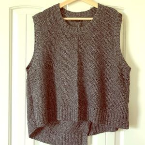 Cropped sleeveless sweater
